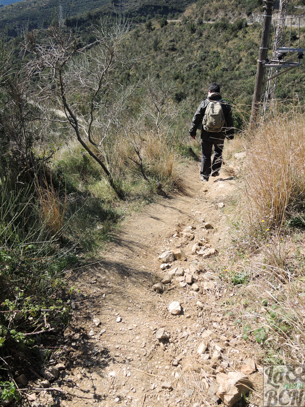 Este descenso es la parte más dificultosa de la ruta.